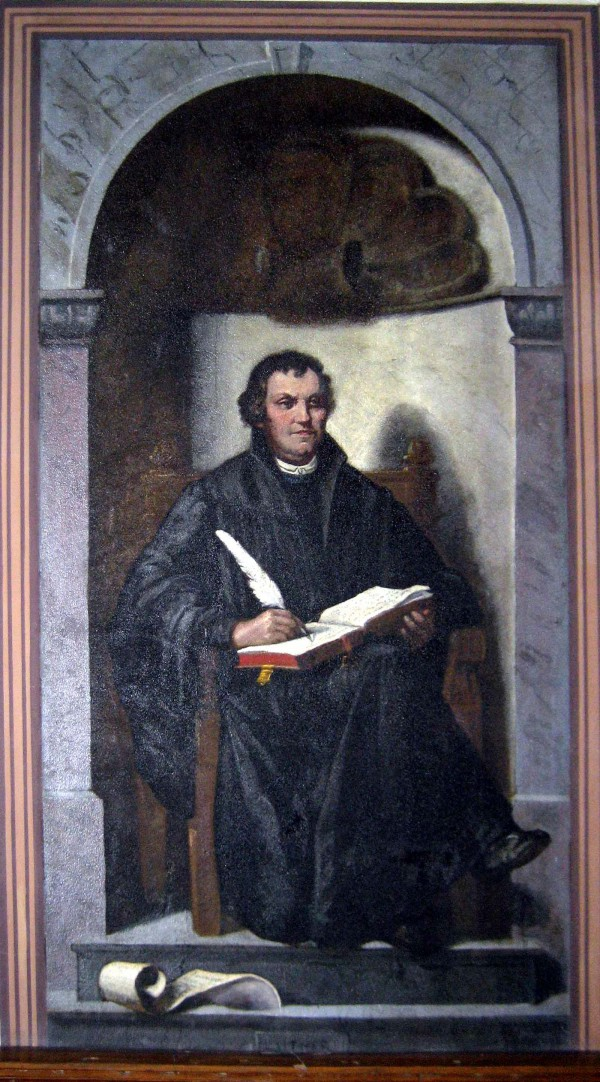 01.-luther.jpg